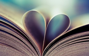 books-hearts_00333343